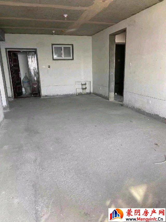 玉兰山庄 3室2厅 130.0平米 毛坯 85万元