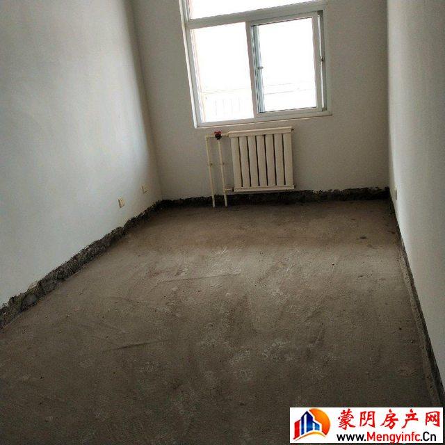蒙阴县公务员小区 3室2厅 169.0平米 毛坯 93.5万元