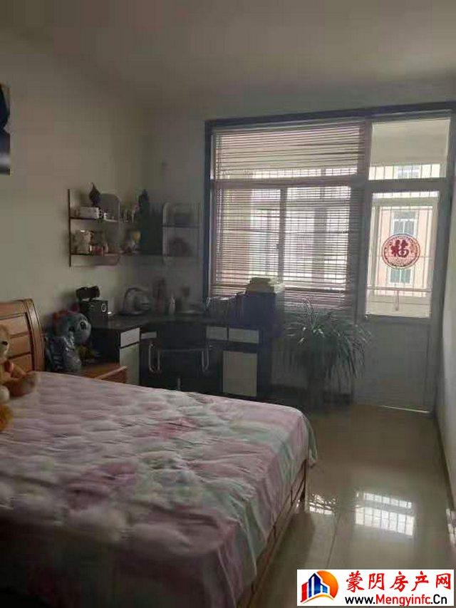 汶河小区(蒙阴) 3室2厅 144.0平米 精装修 88.8万元