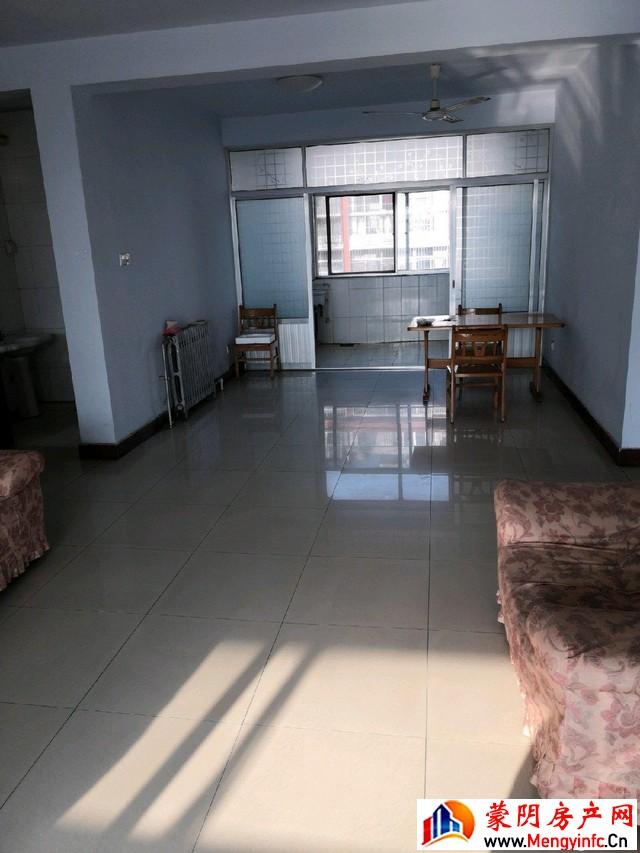黄沟小区 3室2厅 132平米 简单装修