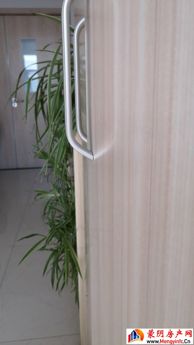黄沟小区 3室2厅 133.0平米 简单装修 55万元