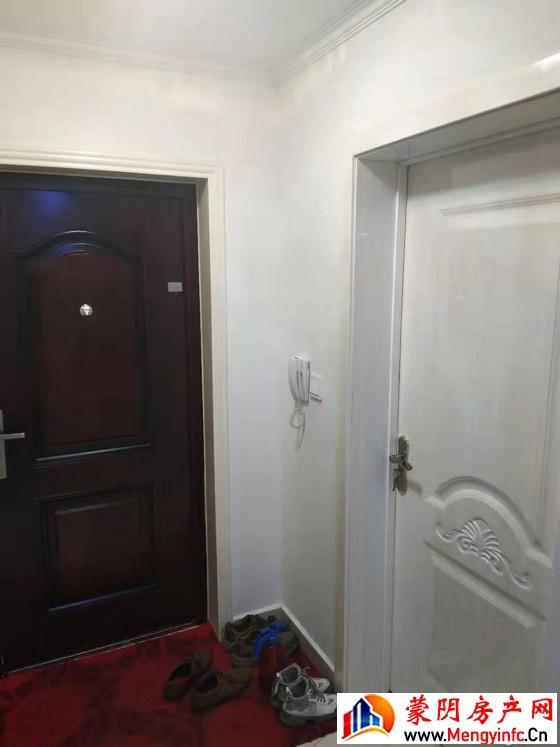 御品居 3室1厅 98平米 简单装修 55万元